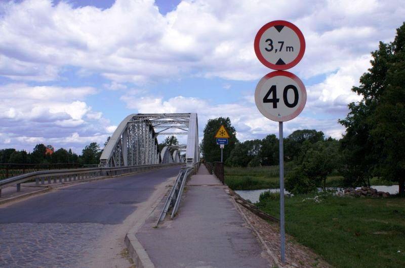 Most nad Narwią - wyjazd z Tykocina w kierunku na Krypno i Morusy